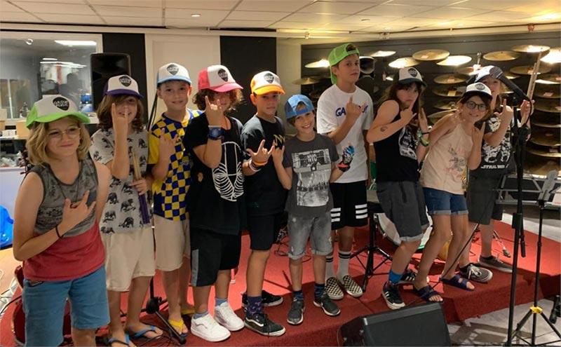 group-band-01
